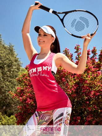 pink színű laza fazonú női trikó