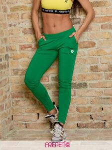 STRIPS-57 női szűkített fazonú zöld melegítőnadrág main image