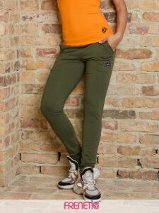 STRIPS-70 női szűkített fazonú khaki melegítőnadrág main image